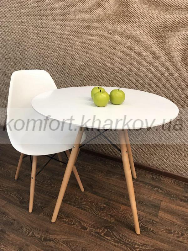 Стол Прайз d800*700